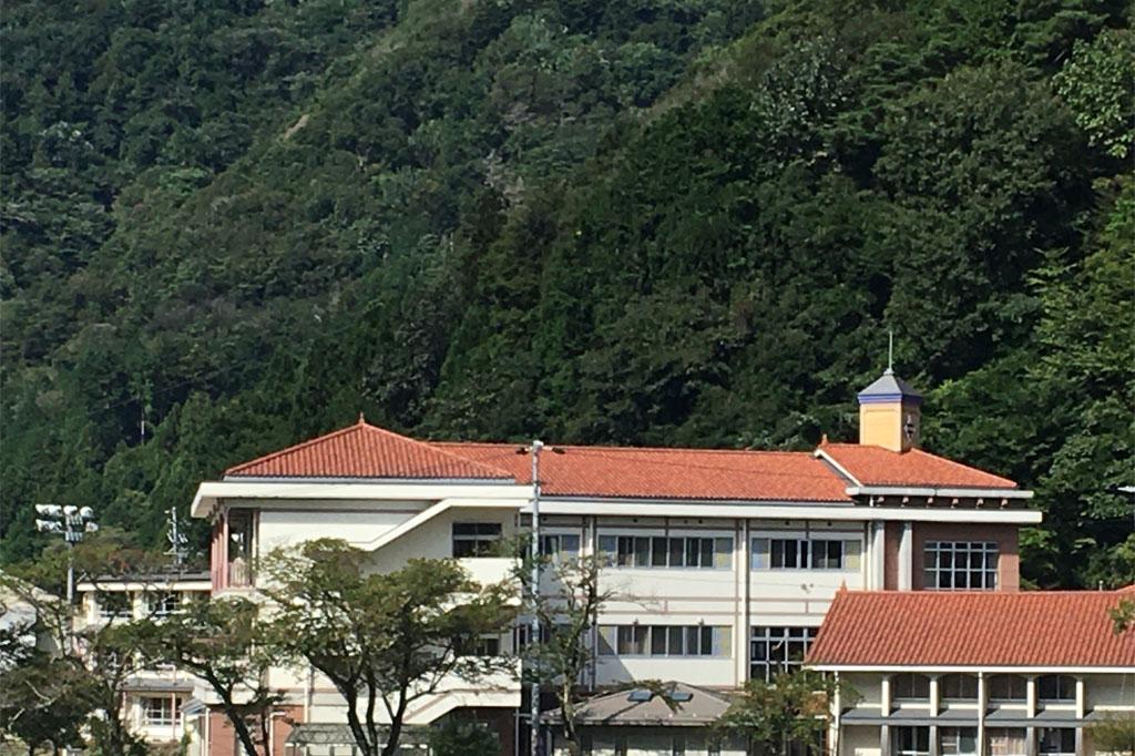 南木曽中学校